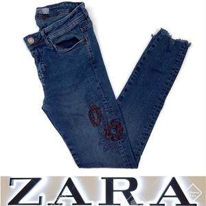 ZARA Basic Denim Z1975 Embroidered Raw Hem Sz 2